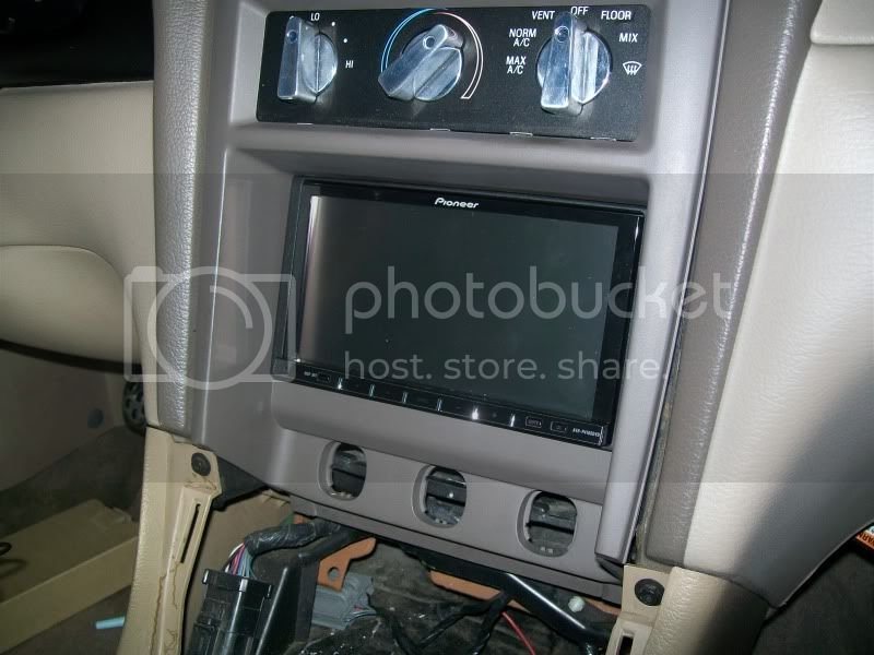 Harness for Select 2001-2005 Ford//Mercury Metra 95-5026 Double DIN Dash Kit